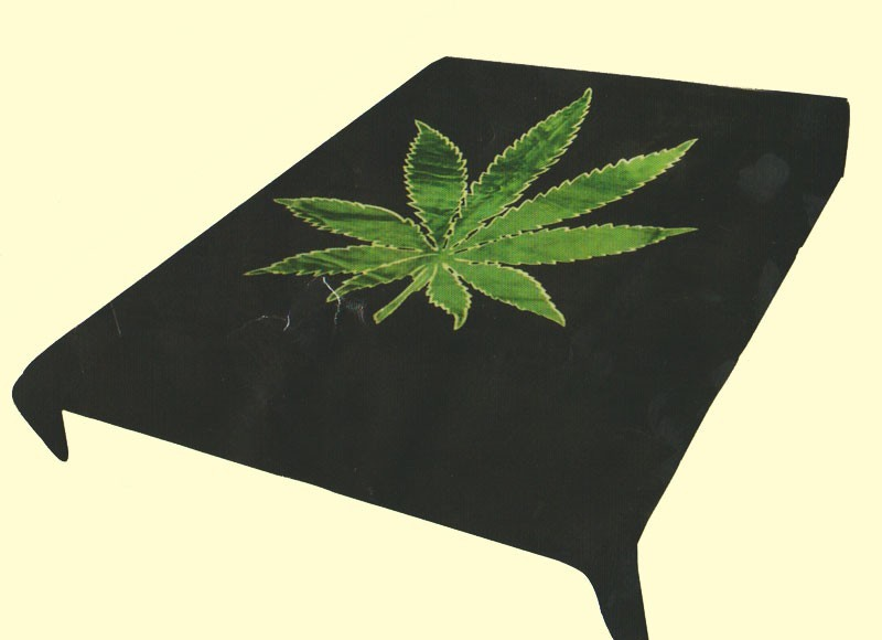 Queen Cannabis Plant Leaf Mink Blanket