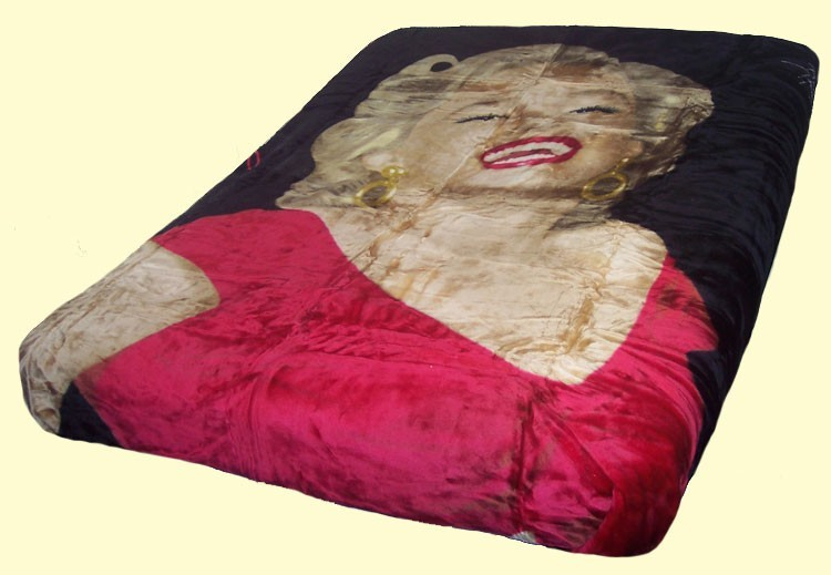 Queen Double-Sided Sherpa Marilyn Monroe Red Dress Mink Blanket