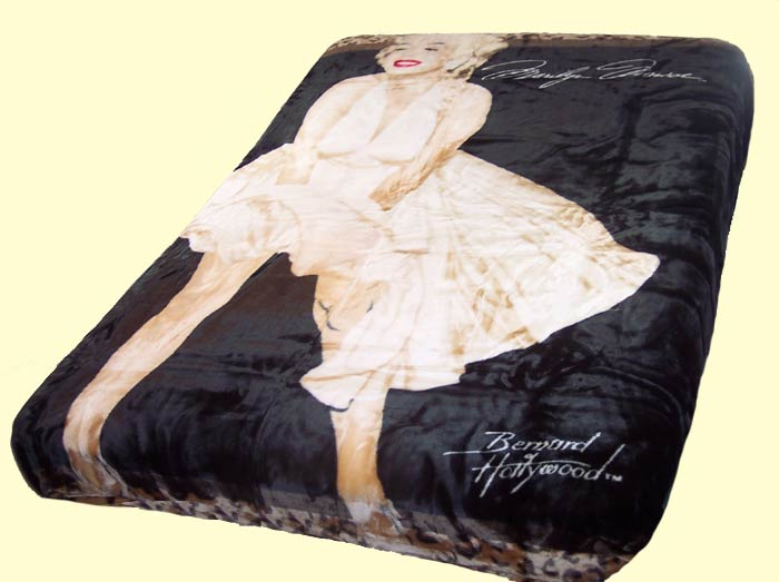 Queen Double-Sided Sherpa Marilyn Monroe Wild Mink Blanket
