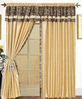 Cameroon 4PC Curtain Set